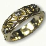 14kt Yellow Gold Adare Knot Wedding Band with Bezel Set Diamonds
