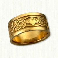 14kt Celtic Kenmare Knot Wedding Band with Claddagh