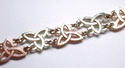 14kt Celtic Triangle Knot Bracelet