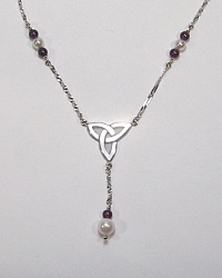 Custom Triangle Knot Y necklace with Garnet Beatd